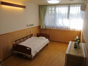寝室 (300x225)