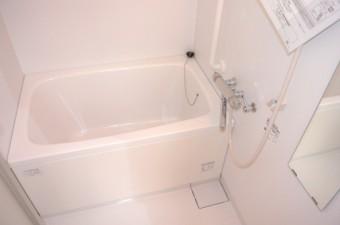 浴室 (600x402)