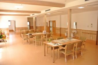 食堂 (600x402)
